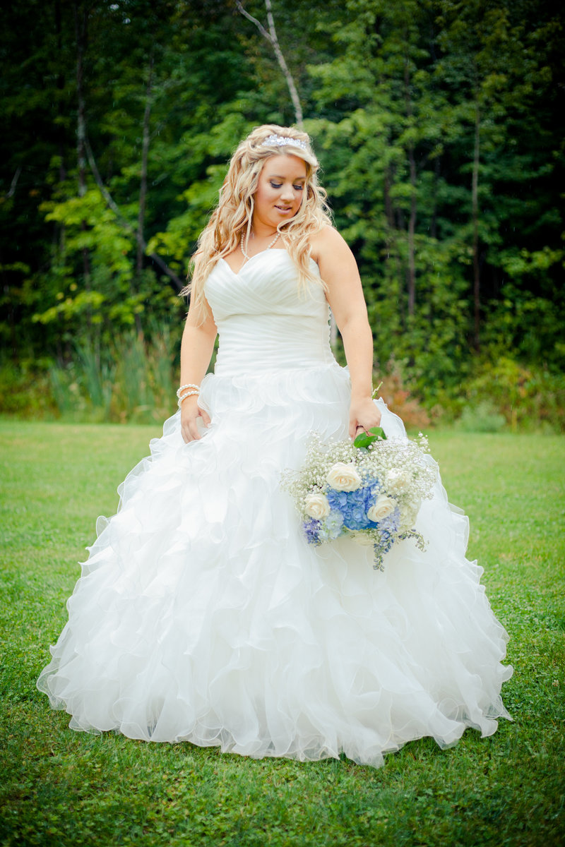 Bride Outside near Ottawa