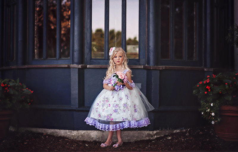 Child-Portraits-Windows-Dallas Arboretum.jpg