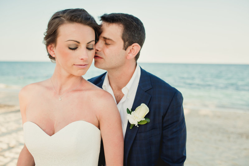 beach wedding, wedding photographer in cancun, destination wedding