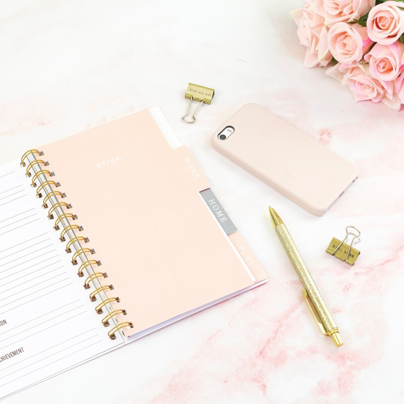 Notebook Rose Gold Layout