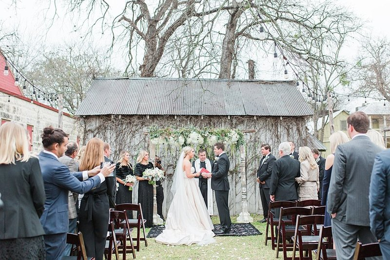 The Ingenhuette on High in Comfort Texas Wedding Venue photos by Allison Jeffers Photography_0054