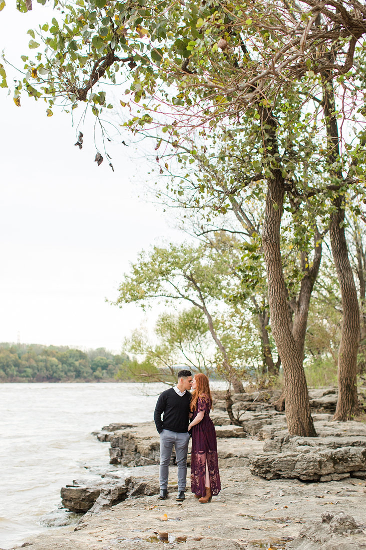 Engagement-Session-Falls-Of-Ohio-River-Photo-by-Uniquely-His-Photography012
