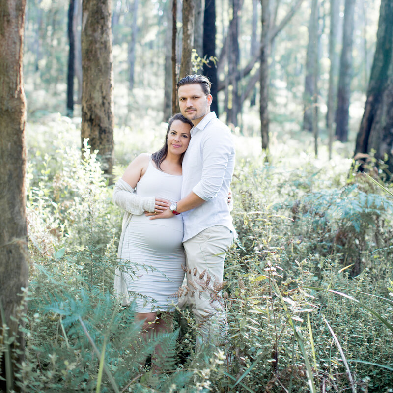 Maternity photoshoot by Gippsland photographer Anna Selent.
