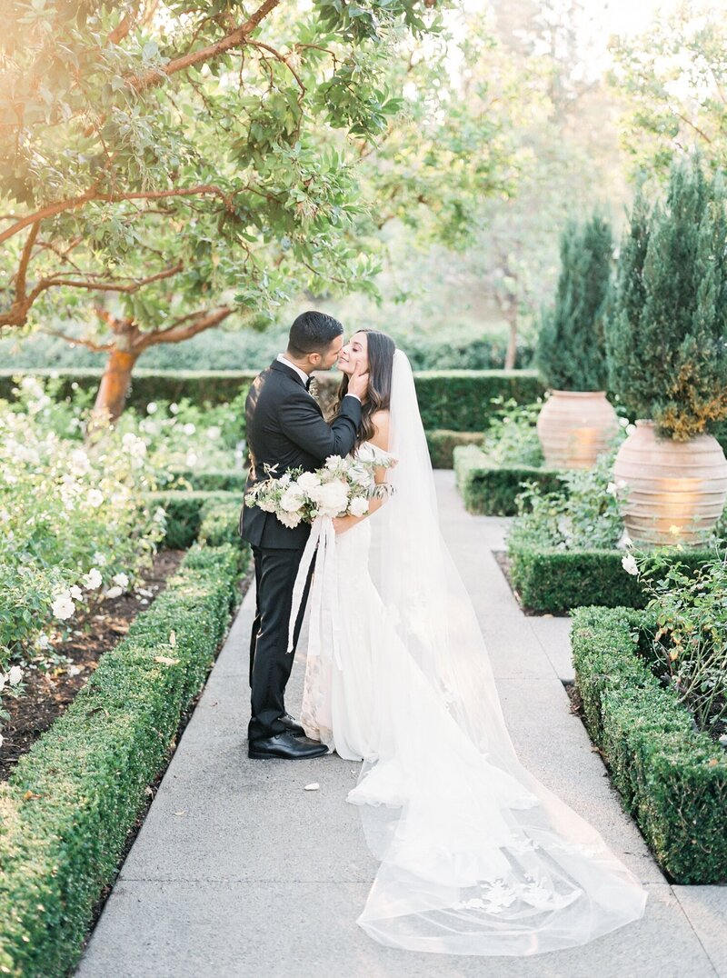 San Diego California Film Wedding Photographer - Rancho Bernardo Inn Wedding by Lauren Fair_0089
