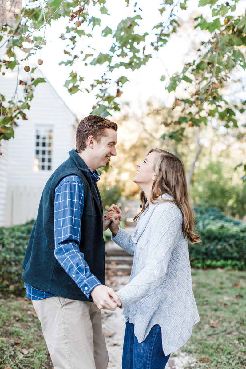 colonial-williamsburg-engagement-photographer-1