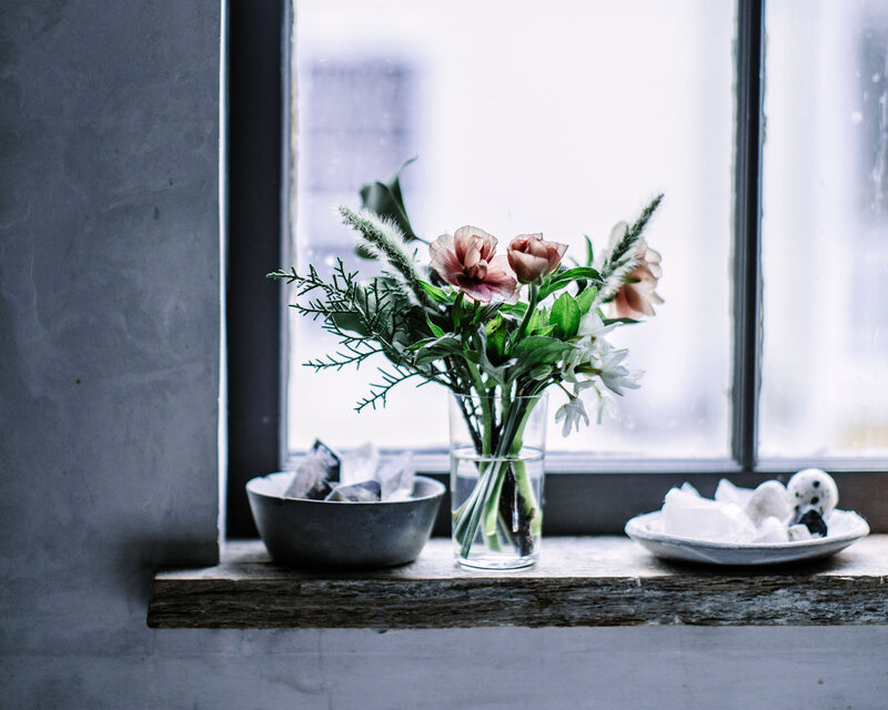 kitchen sill flowers