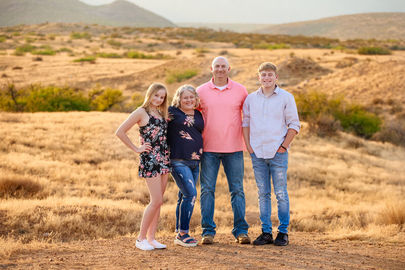 IMG_7293-Edit-April-Kroenke-Photography-Family-high-school-senior-photographer