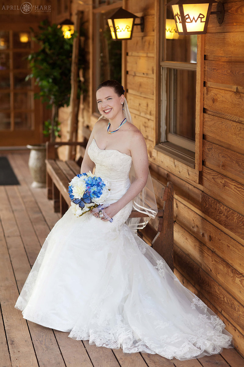 Front-Porch-Bridal-Portrait-at-Wild-Basin-Lodge-Allenspark-Colorado