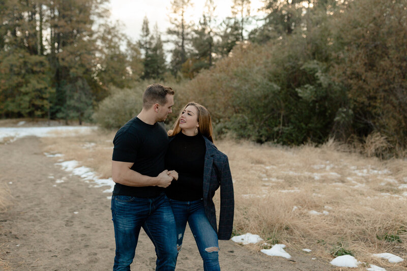 winter-snow-engagement-session-idyllwild-reagan-suitt-photos-22