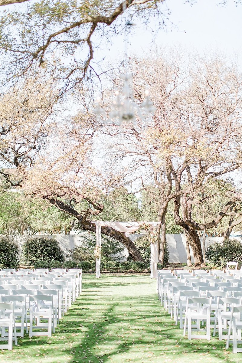 la cantera and the gardens at west green in San Antonio Texas Wedding Venue photos by Allison Jeffers Photography_0012