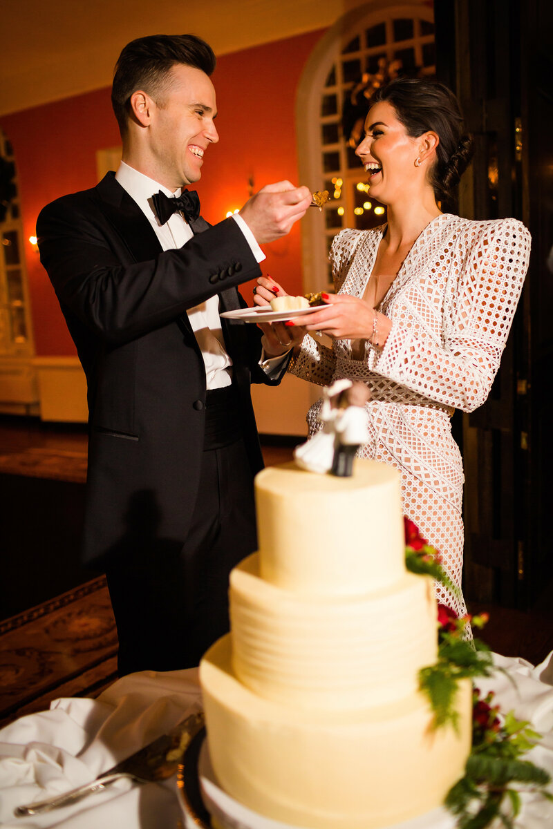 wedding-cake-racquet-club-of-chicago