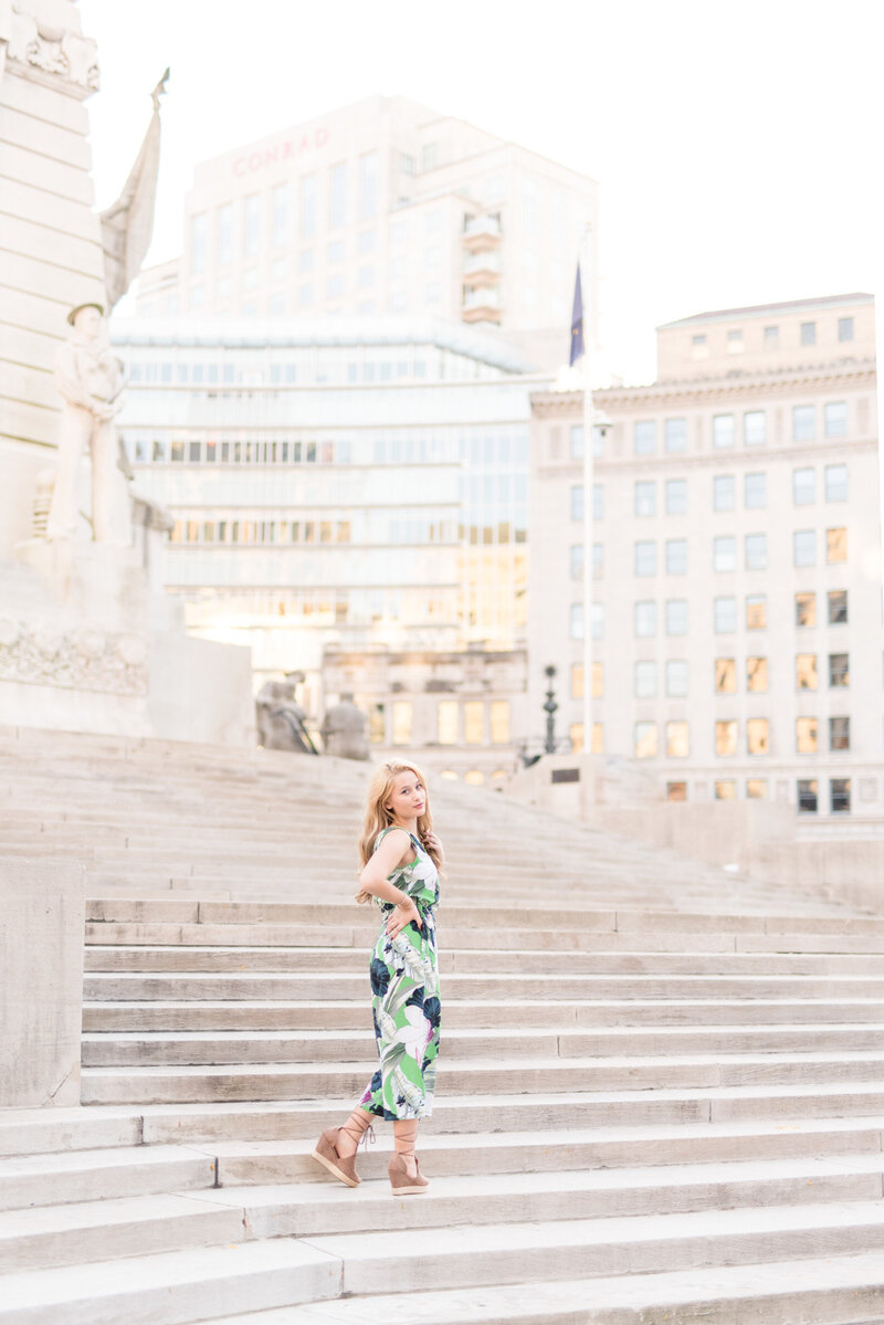 Downtown-Sunset-Senior-Pictures 0007