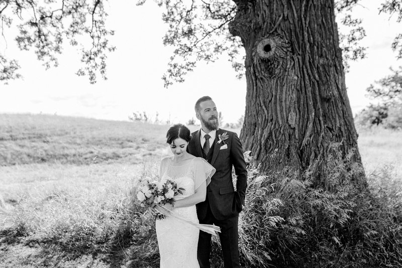 Modern Romantic Bride and Groom Pipers Heath Golf Club Milton Ontario | Jacqueline James Photography Boutique Toronto Wedding Photographer