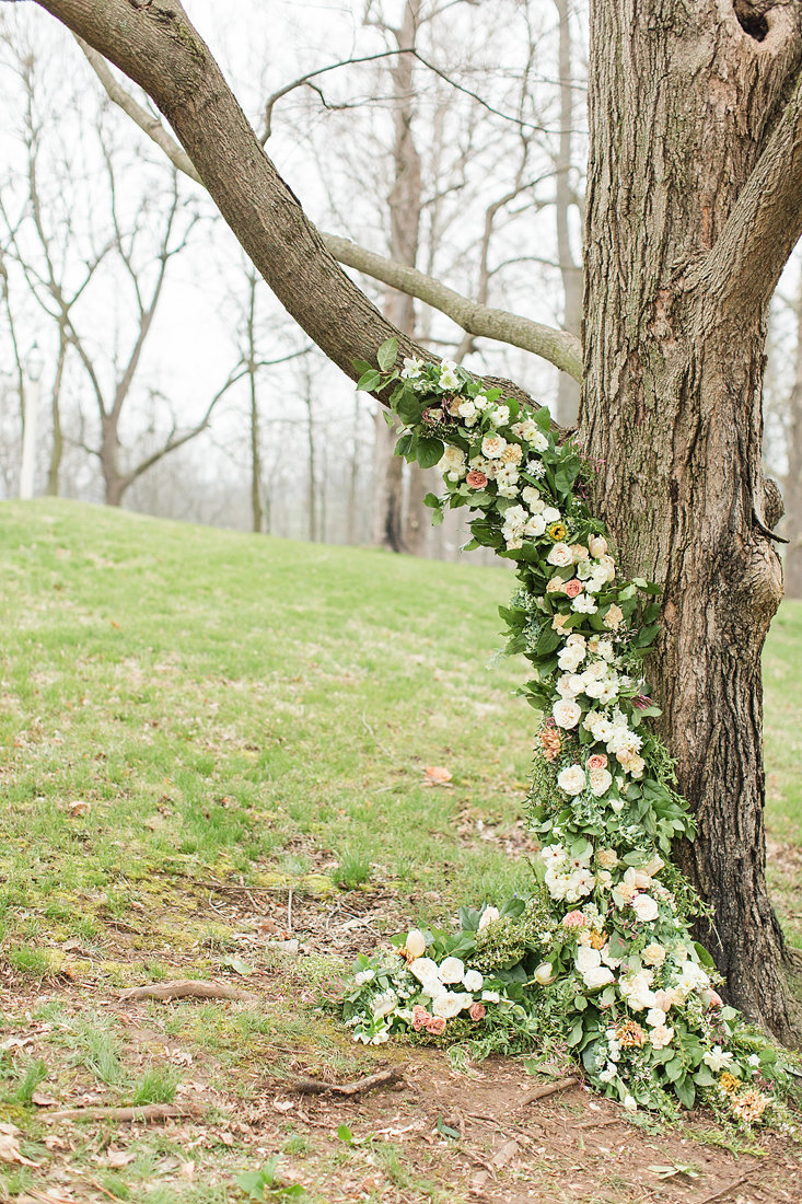 Wedding-Inspiration-Spring-Flower-Tree-Pink-White-Photo-by-Uniquely-His-Photography01