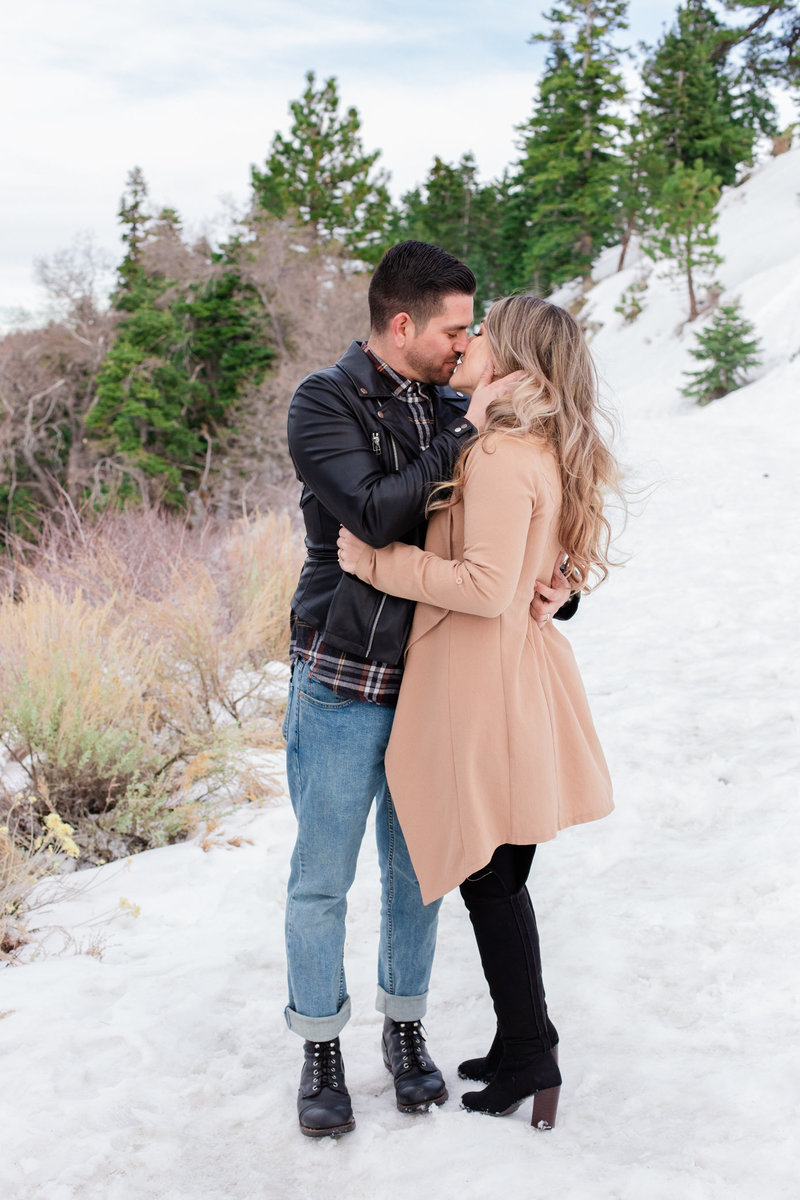 Wrightwood Shootout, Snow Engagement, Snow Elopement, Mountain Elopement, Yosemite Elopement, Wrightwood Elopement, Wrightwood Engagement, Mountainside Bride, Mountainside Elopement-10