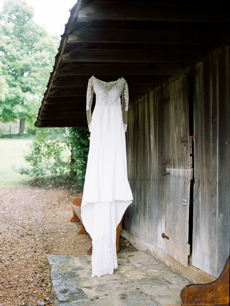 Rachel-Carter-Photography-Alabama-Tennessee-Fine-Art-Film-Wedding-Photographer-14