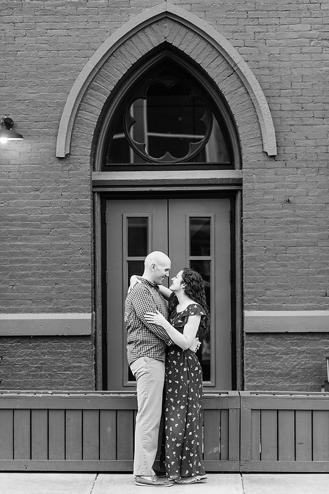 amber-dawson-photography-music-hall-engagement-session