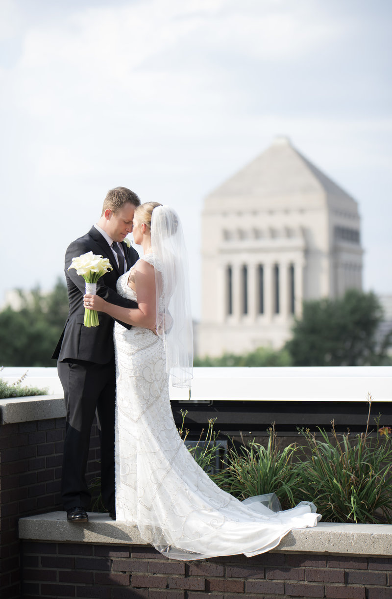 Indianapolis Indiana Regions Tower Black Tie Wedding_000