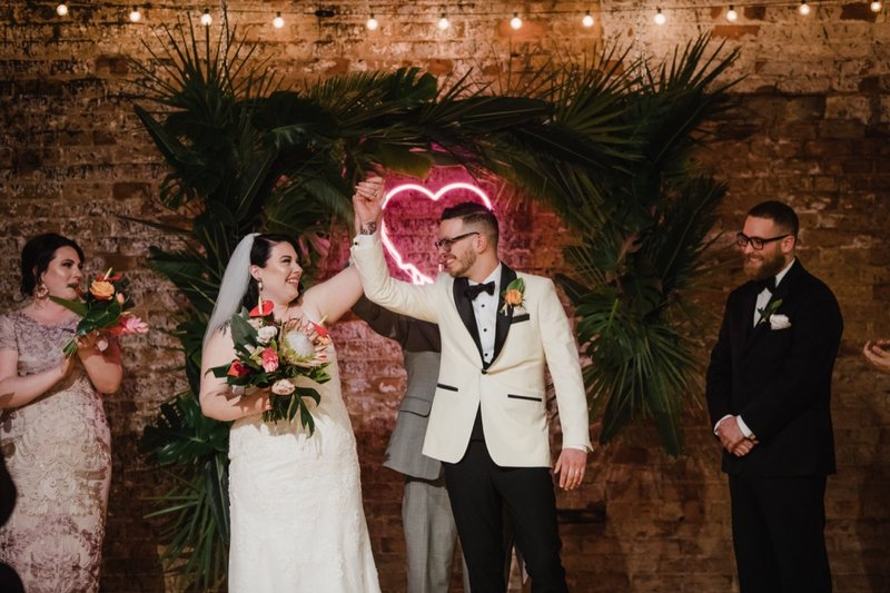 rhinegeist-neon-pink-tropical-wedding-117