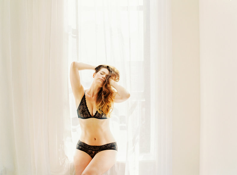 13-Manhattan-Boudoir-Photographer-Alicia-Swedenborg