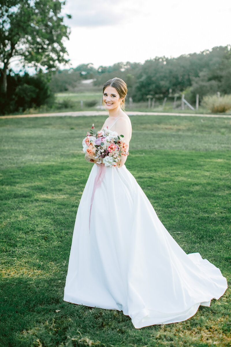 maggie-brent-pecan-spring-branch-wedding-contigo-ranch-frederickburg-109