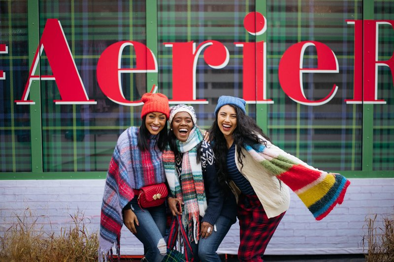 Aerie group pic