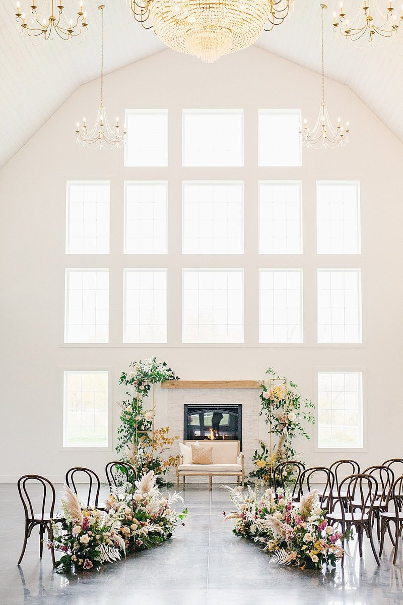 ABELLA-white-barn-venue-minnesota-marit-williams-photography-325
