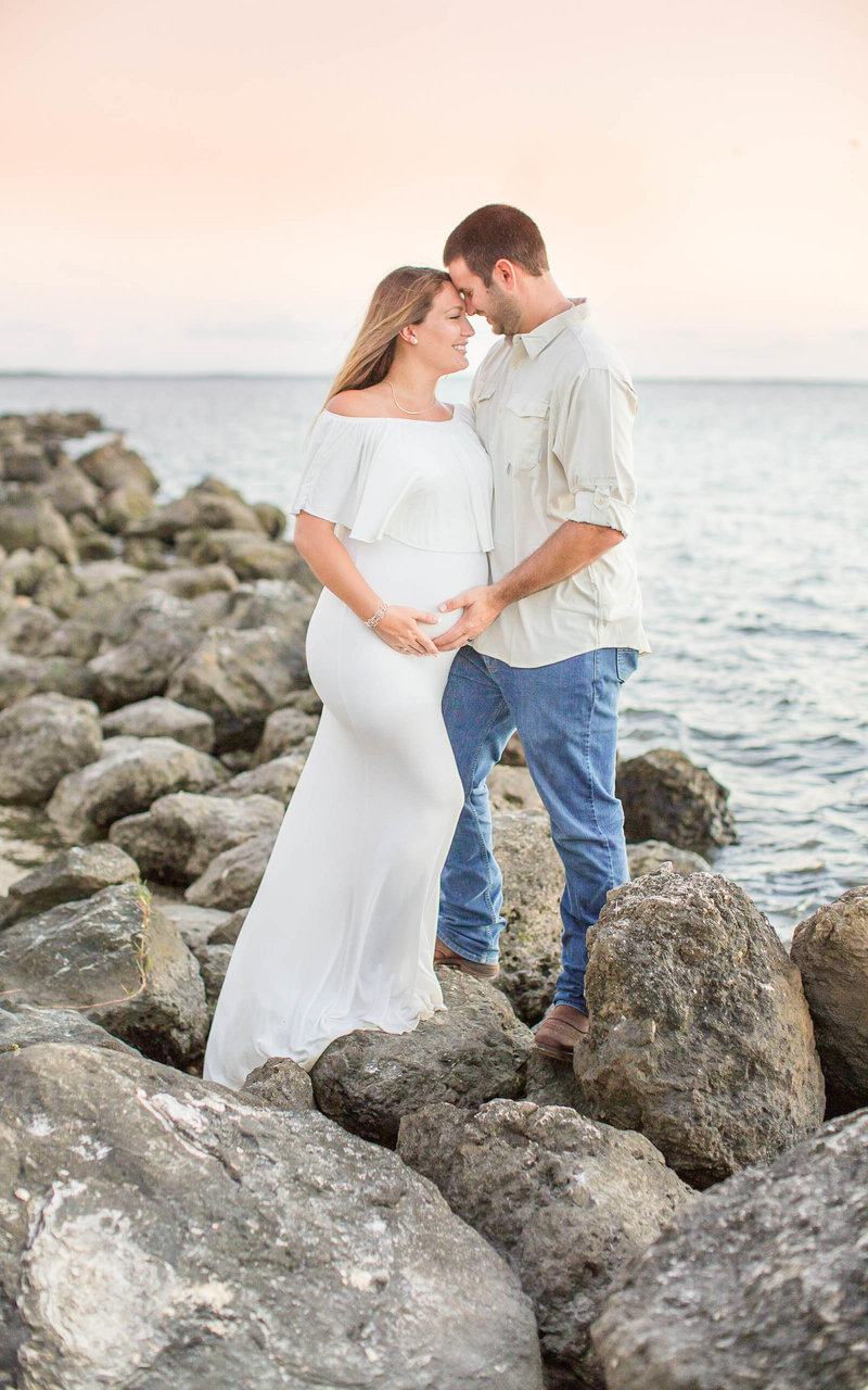 Crystal-River-Beach-Maternity-Photography