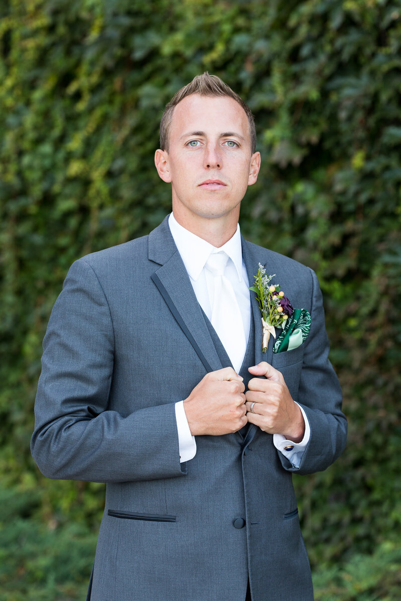 groom at lambeau field