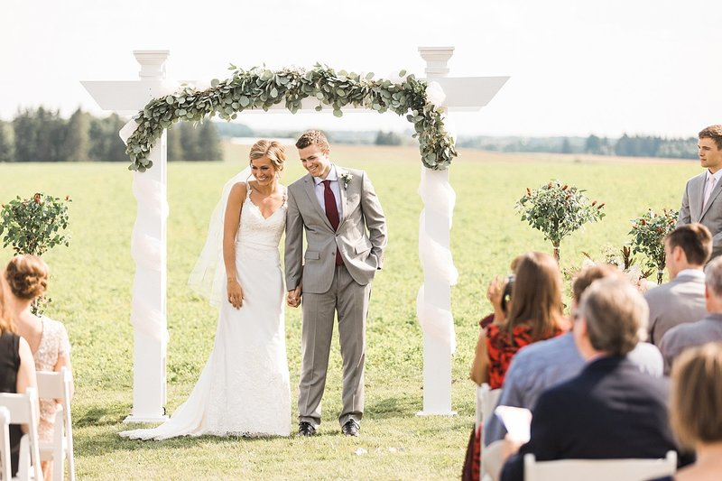 080_Tansy-Hill-Farms_Summer-Wedding-James-Stokes-Photography