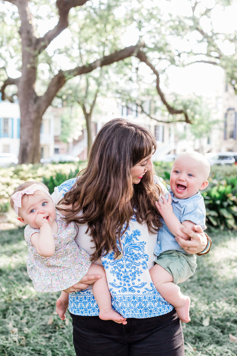 The Nute Family - Downtown Savannah Family Session