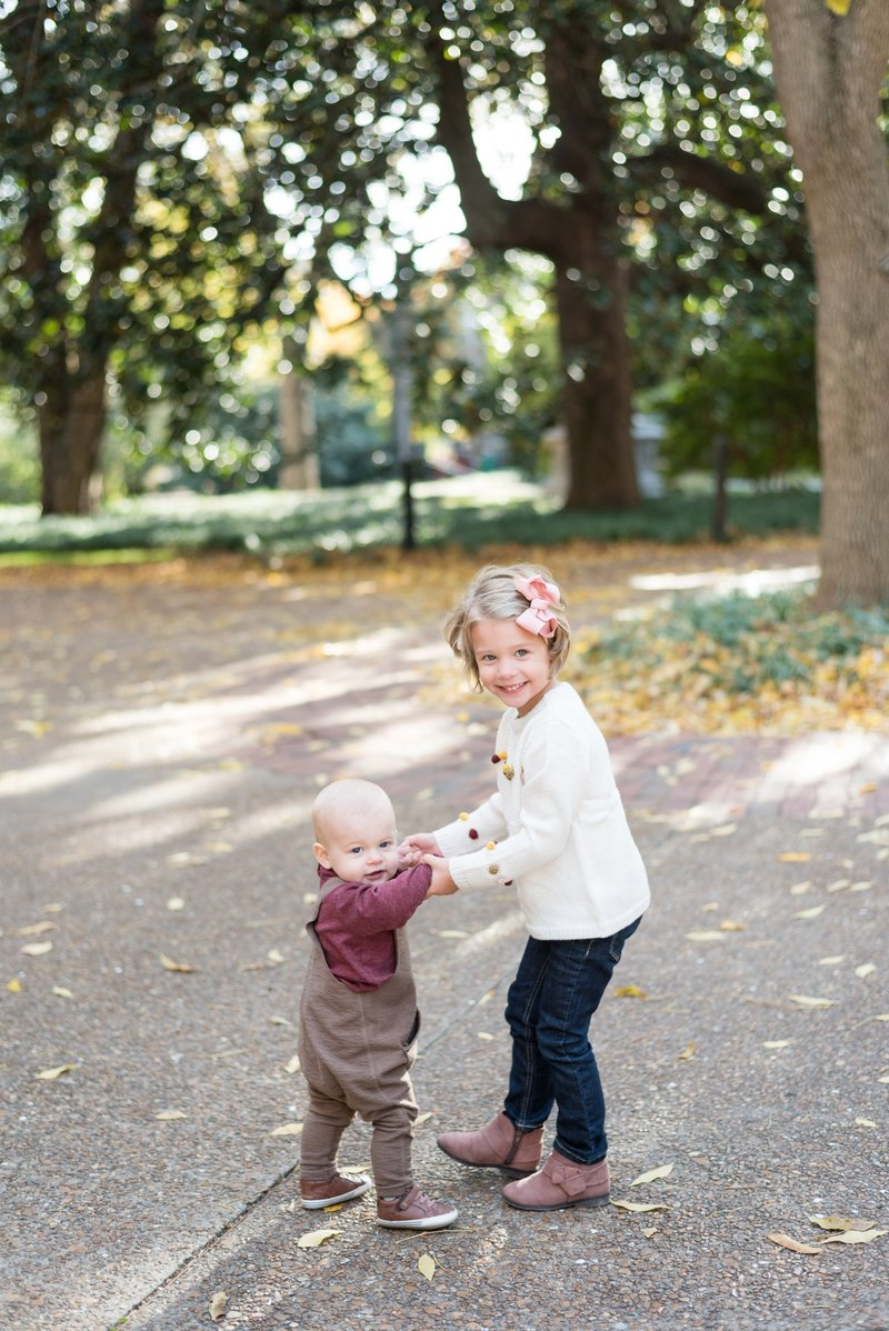Nashville-Family-Session-at-Vanderbilt-Lifestyle-Photographer+3