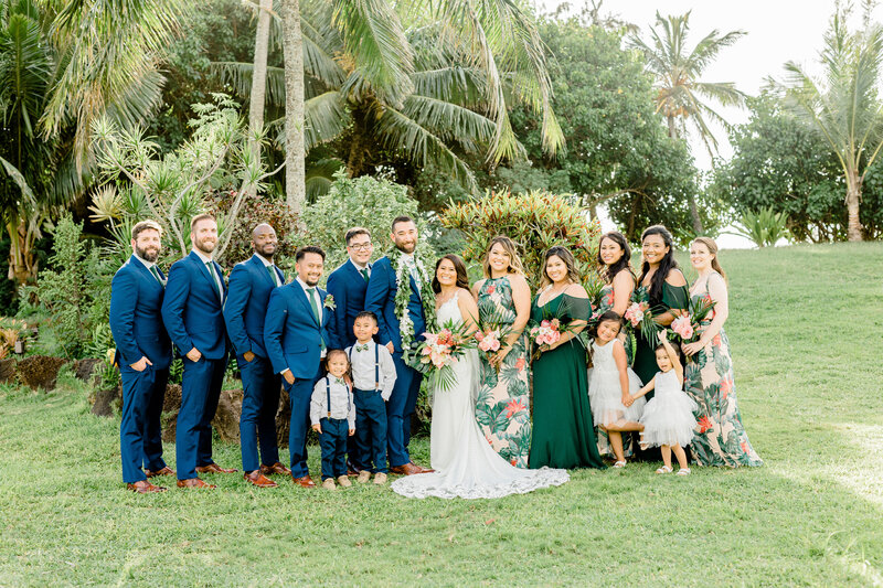 wedding party at loulu palm in hawaii