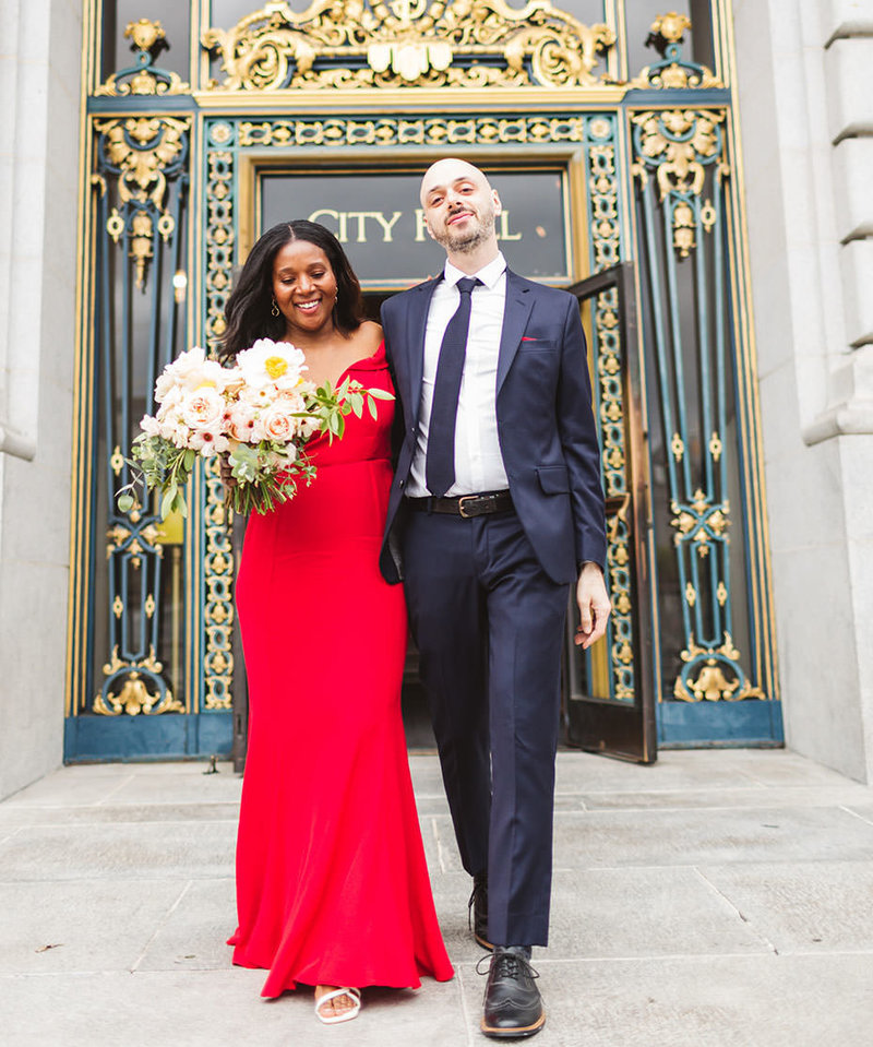swirl couple on their san francisco wedding day