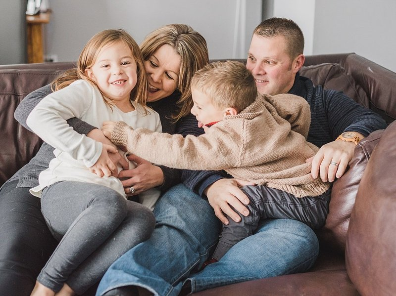 indoor_family_lifestyle_session_ontario