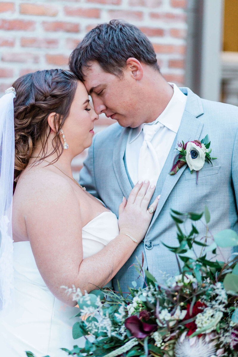Allyson-taylor-venue-fourty-50-wedding-dallas-wedding-photographer-Addison-texas-wedding-white-orchid-photography-113