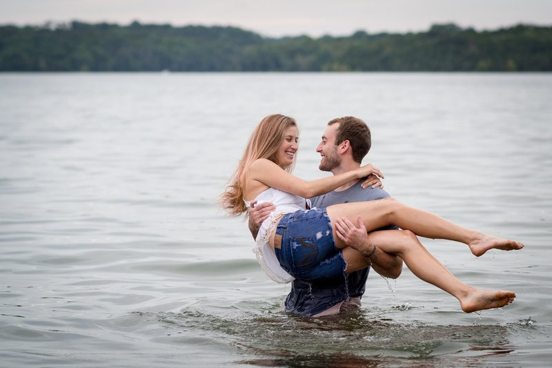Adventure-Couples-Lake-Session-Percy-Priest-Nashville-Wedding-Photographers+1