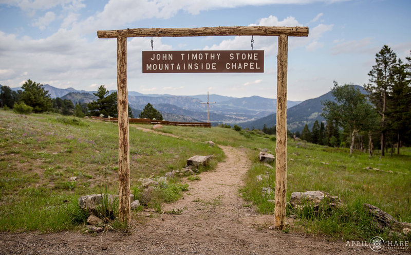 John-Timothy-Stone-Mountainside-Chapel-Outdoor-Wedding-Ceremony-Venue-YMCA-of-the-Rockies