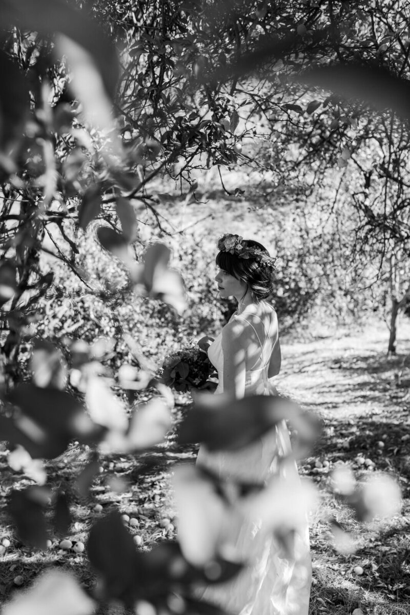 Bridal portraits in the forest.