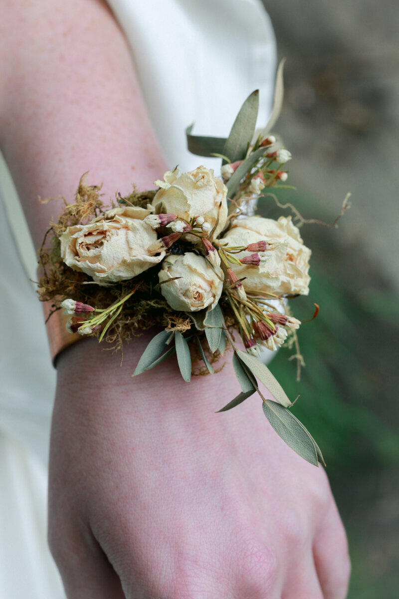 greenwich-new-york-preservation-floral-wedding-westchester-bouquet-boho-9