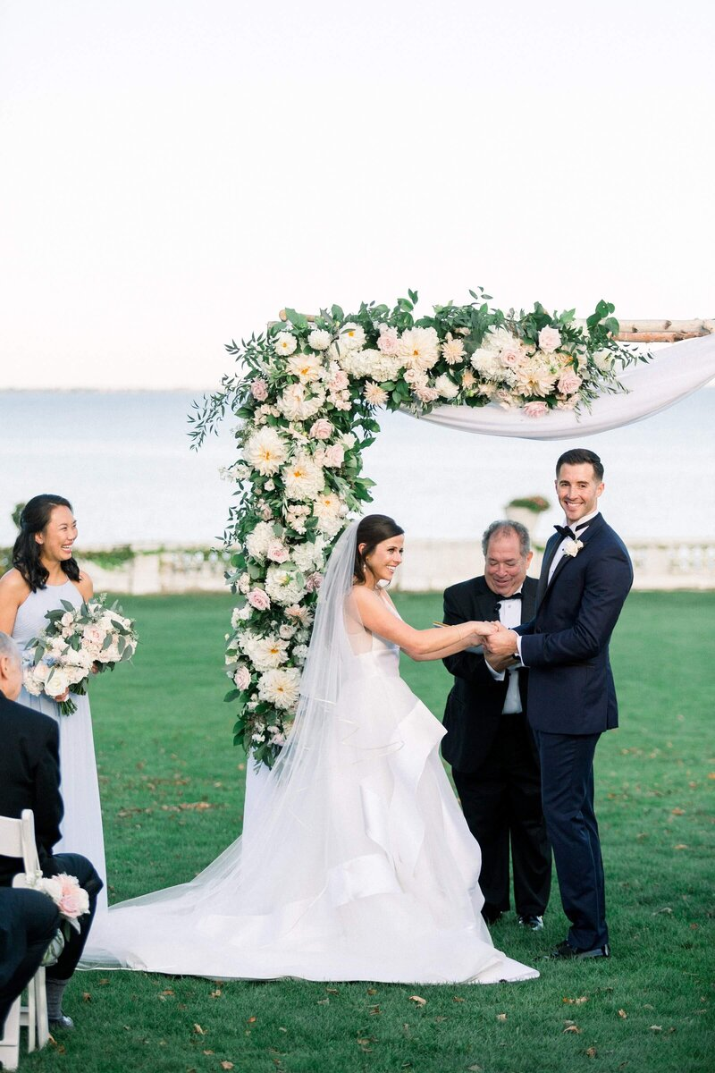 Rosecliff Mansion Newport, RI Wedding Photographer Caroline Winn Photography
