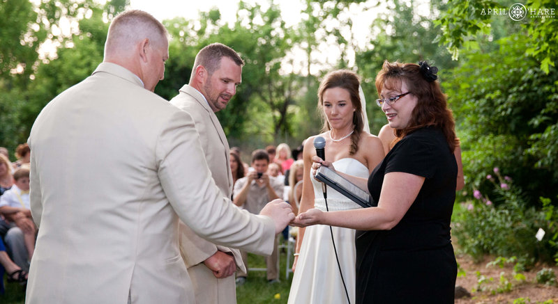 Colorado-Wedding-Officiant-Reverend-Kim-Tavendale-6