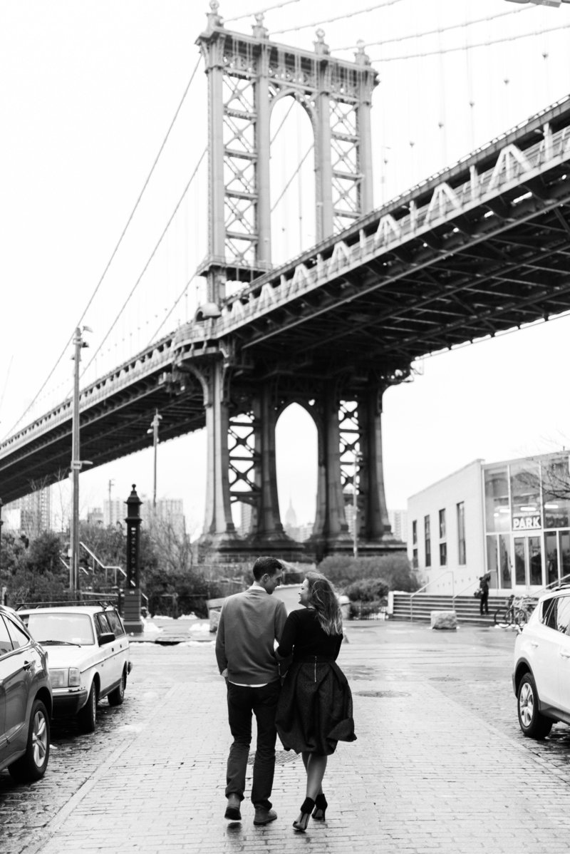 engagement session brooklyn bridge