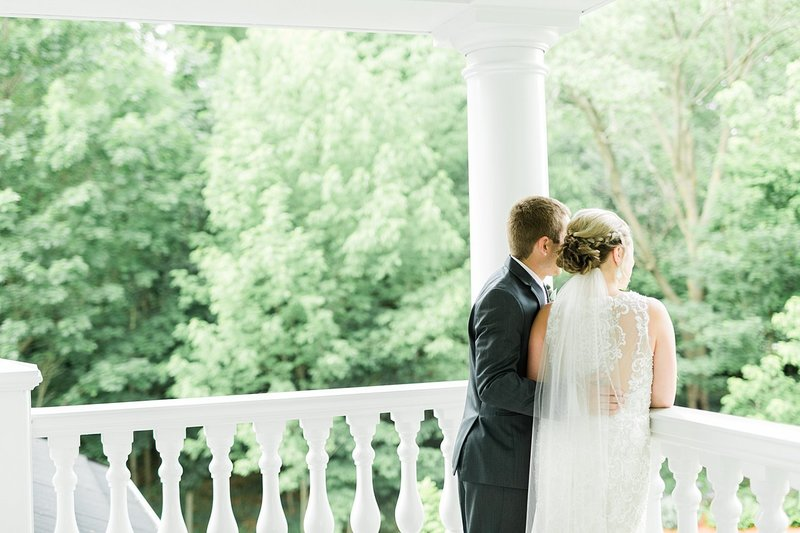 44-Wisconin-Backyard-Estate-Wedding-James-Stokes-Photography