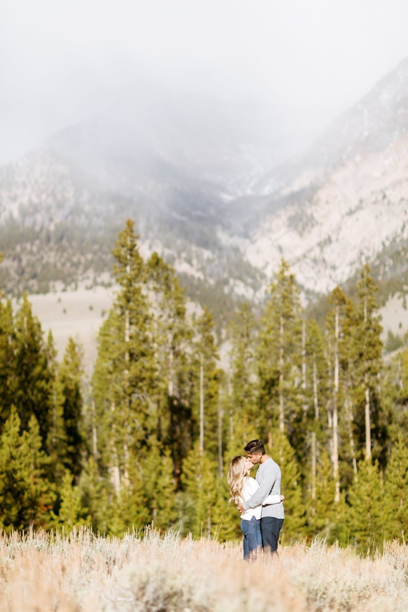 sun valley engagement photographers-4