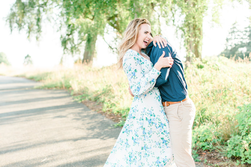 Seattle Discovery Park Engagement Session Tia LaRue Photography_0025