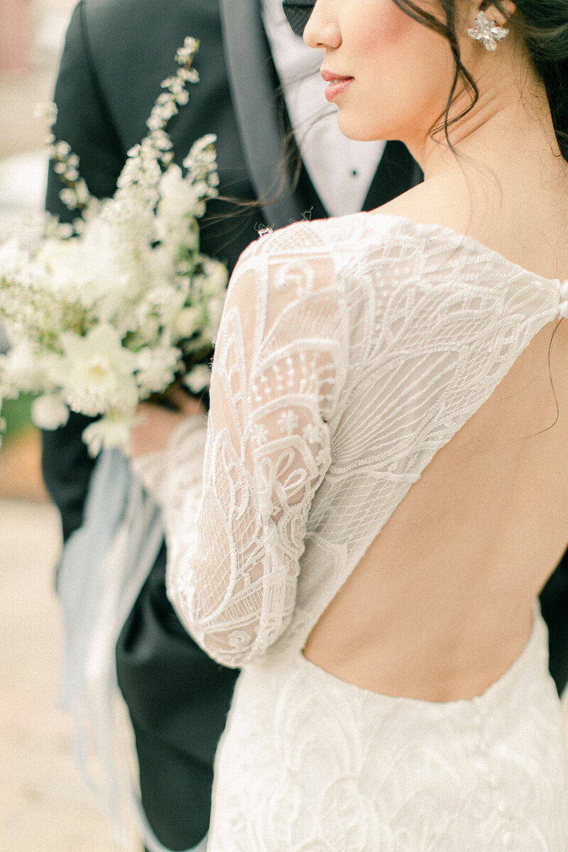 Spring has sprung in the Hudson Valley and this intimate wedding makes us want to lay in a field of_Krystal Balzer Photography _Publish -99_low