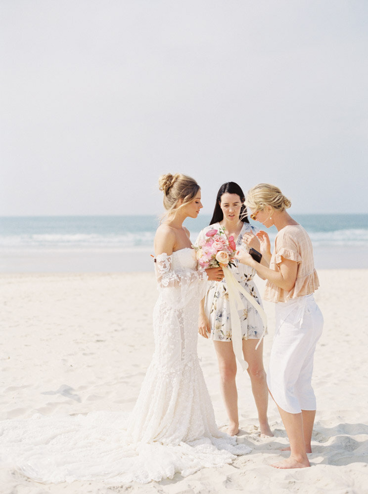 Byron Bay Wedding Photographer Sheri McMahon - Oh Flora Workshop on Fine Art Film - Romantic Spring Wedding Ideas -00040