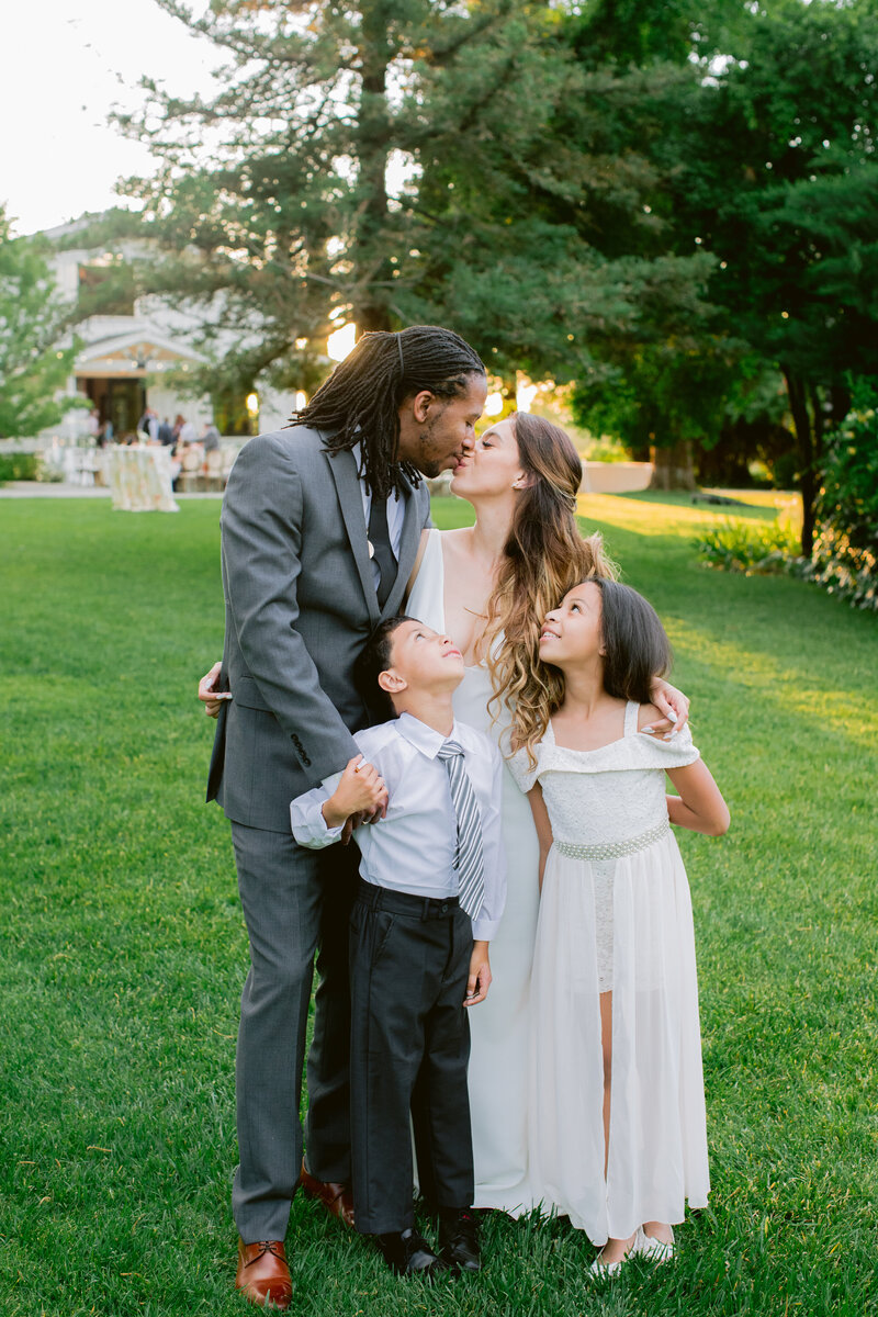 wendy-kevon-park-winters-wedding-contigo-ranch-frederickburg-146