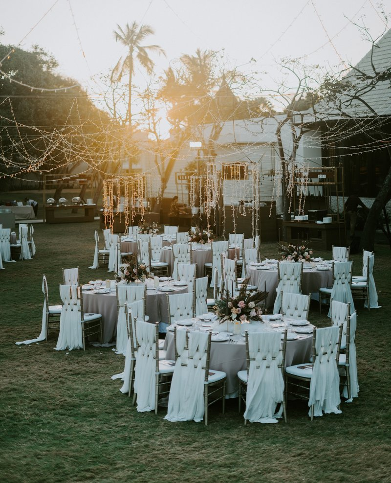reception-outdoors-2788488